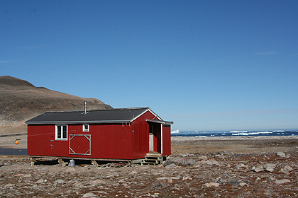 Cabin at Kap Hoegh, image by Nanu Travel